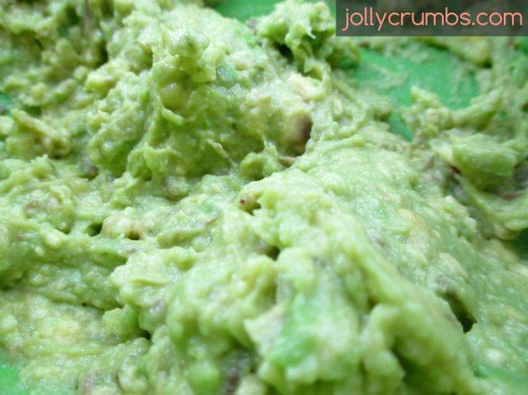 Dark Chocolate Avocado Truffles | jollycrumbs.com
