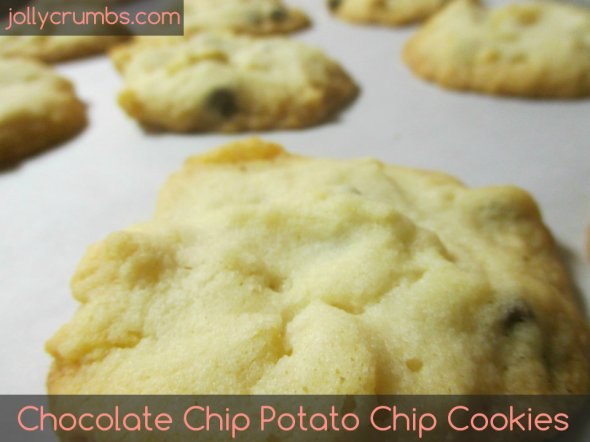 Chocolate Chip Potato Chip Cookies | jollycrumbs.com