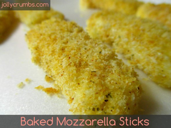 Baked Mozzarella Sticks | jollycrumbs.com