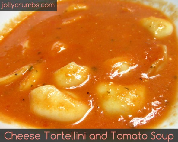 Cheese Tortellini and Tomato Soup   jollycrumbs.com