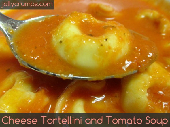 Cheese Tortellini and Tomato Soup | jollycrumbs.com