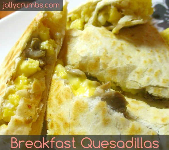 Breakfast Quesadillas | jollycrumbs.com