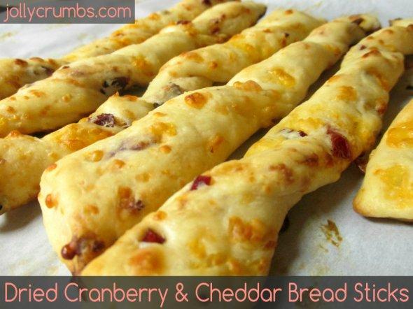 Dried Cranberry and Cheddar Bread Sticks | jollycrumbs.com