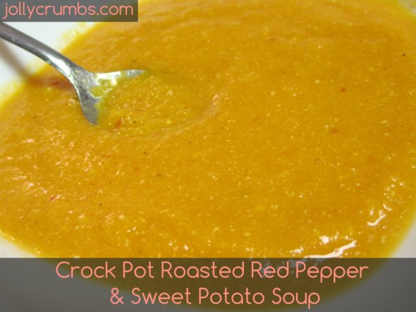 Crock Pot Roasted Red Pepper & Sweet Potato Soup | jollycrumbs.com