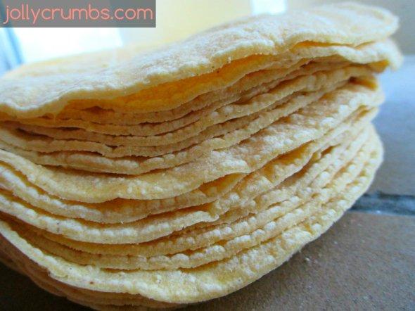 Baked Corn Tortilla Chips | jollycrumbs.colm