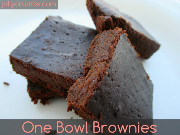 One Bowl Brownies | jollycrumbs.com