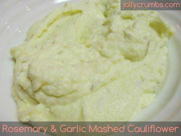 Rosemary and Garlic Mashed Cauliflower | jollycrumbs.com
