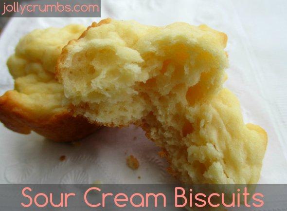 Sour Cream Biscuits | jollycrumbs.com