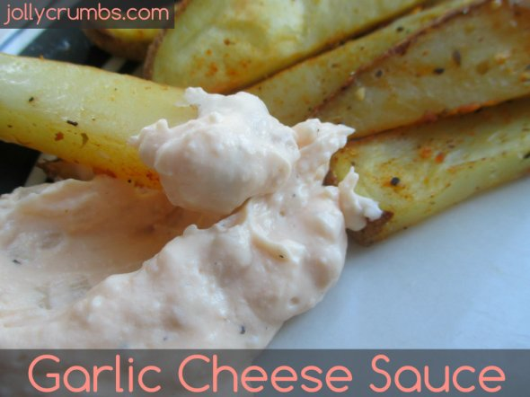 Garlic Cheese Sauce | jollycrumbs.com