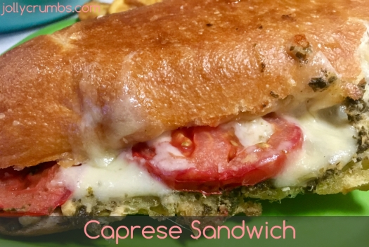 Caprese sandwiches at jollycrumbs.com